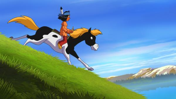 Yakari darf zum ersten Mal beim Rennen der Sieben Feuer teilnehmen. Während die anderen Indianer an ihm vorbeiziehen, macht sich Yakari Sorgen, den Anschluss zu verlieren. Aber Kleiner Donner will sich seine Kräfte nur aufsparen...   Rechte: WDR/Storimages