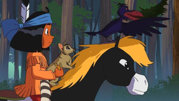 Yakari lässt Katzenfrett Großauge mit sich auf Kleiner Donner reiten. | Rechte: WDR/Ellipsanime Productions/Belvision/Les Cartooneurs Associés/2 Minute