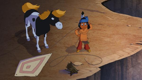 Wo ist Bär Honigtau, fragen sich Yakari und sein Pony Kleiner Donner. | Rechte: WDR/Storimage