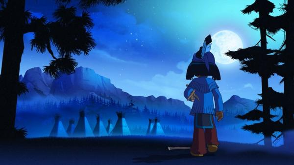 Yakari steht in der Nacht im Wald und betrachtet das Lager. | Rechte: WDR/Storeimages