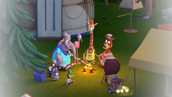 Die Zoobande vergnügt sich am Lagerfeuer. | Rechte: ZDF/Grid Animation