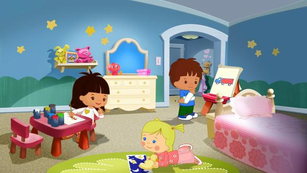 Zoé, Finn und Yasemin malen zusammen Bilder. | Rechte: KiKA/Mike Young Productions