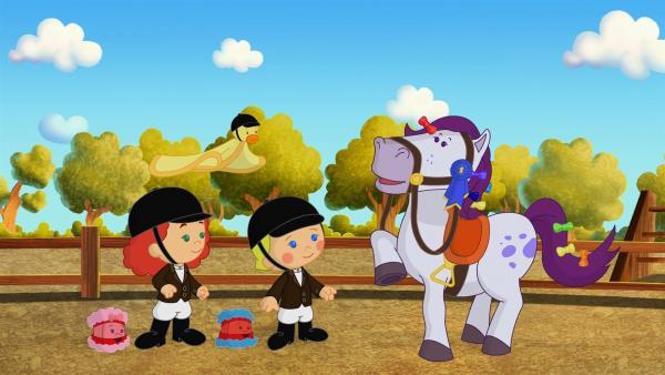 Tanja, QuackQuack, Zoé und Mandy sind auf einem Ponyhof.   Rechte: KiKA/Mike Young Productions
