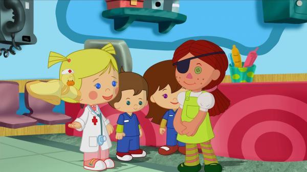 In der Spielzeugklinik treffen Doktor Zoé und ihr Team auf die Puppe Maria, die in der Spielzeugklinik arbeitet. | Rechte: KiKA/Mike Young Productions